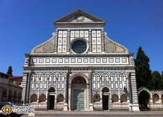 Basílica de Santa María de Novella en Florencia.  Recorre Italia en coche con: http://www.reservasdecoches.com/paises/alquiler-de-coches-italia/ #viajes #turismo #florencia #italia #vacaciones