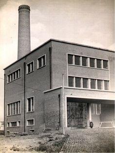 10-06-1959 - Usina de Lixo da Zona Norte (Ponte Pequena). Prédio do forno crematório. Esta usina estava localizada no início da rua Voluntários da Pátria e foi desativada em 1997.