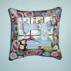 Pin cushion sewing machine £4.00