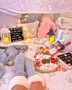 Dear Diary: Lets have a catch up Sleepover Room, Things To Do At A Sleepover, Fun Sleepover Ideas, Sleepover Birthday Parties, Sleepover Activities, Adult Slumber Party, Sleep Over Party Ideas, Bachelorette Slumber Parties, Sleepover Snacks