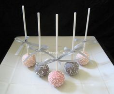 wedding party favors wedding cake pops made to by thesweetsource wedding party favors and centerpieces wedding favors and decorations 1500x1245