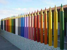 Color fence line for any school yard or playground. Kindergarten Interior, Kindergarten Design, School Building Design, School Design, Design Maternelle, Daycare Design, Nursery School, School Decorations, Learning Spaces