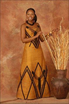 Here's Classy latest african fashion look Xhosa Attire, African Attire, African Wear, African Women, African Style, African Wedding Dress, African Print Dresses, African Fashion Dresses, African Dress