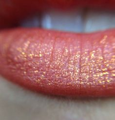 Kat von d gotica studded kiss lipstick