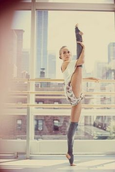 #dance #flexibility - I'm working on improving this position every day. One day I'll be as good as her! :)