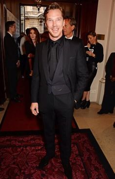 GQ MEN OF THE YEAR 2014 (September 2, 2014) ~ Benedict Cumberbatch arrives at the British GQ Awards in London.