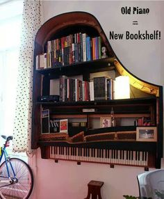 Creative Old Piano Repurposing Idea. Give your old piano a new life, and showcase your artwork to your friends. piano decor, home diy made, The Piano, Piano Guys, Vieux Pianos, Sweet Home, Diy Home, Home Decor, Old Pianos, Diy Casa, Home And Deco