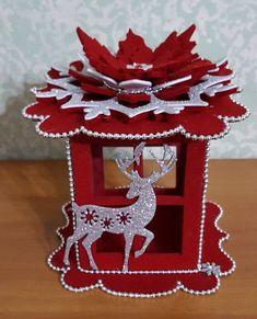 Chcel by som vidieť vývoj tak, ako sa to robí Easy Christmas Ornaments, Felt Christmas Decorations, Christmas Lanterns, Christmas Room, Christmas Minis, Christmas Centerpieces, Christmas Projects, Simple Christmas, All Things Christmas