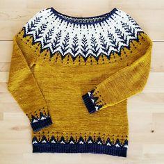 Vintersol by Jennifer Steingass, knitted by LaMindi Fair Isle Knitting Patterns, Sweater Knitting Patterns, Knit Patterns, Hand Knitting, Icelandic Sweaters, Granny Square Crochet Pattern, Hand Knitted Sweaters, Knitting Accessories, Knitwear