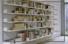 Ανέκαθεν ο Σεπτέμβριος ήταν ο αγαπημένος μου μήνας. Για μένα την αρχή του χρόνου την σηματοδοτούσε ο Σεπτέμβρης. Ο μήνας που ακολουθεί τις διακοπές, οπού γυρνάμε όλοι με γεμάτες τις μπαταριές μας και ξεκούραστοι, που ξεκινάνε τα σχολεία. Από τότε που θυμάμαι ξ� Desk Areas, Home Decor Inspiration, Bookcase, Shelves, Greece, Design, Decoration, Ideas, Vinyls