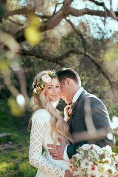 Jak dobrać wianek na ślub Kwiatowa korona dla panny młodej