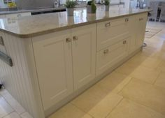 Florence with Ivory Spice Granite | New England Kitchens