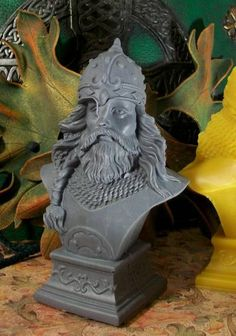 This is a listing for One Viking Bust Beeswax Candle. I do have other colors available, please email before you purchase to confirm I can do Unique Candles, Best Candles, Handmade Candles, Skull Candle, Candle Maker, I Saw The Light, Natural Honey, Beeswax Candles, Cool Art