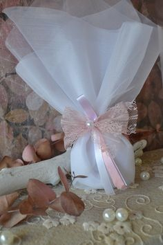 Μπομπονιέρα γάμου με λευκό τούλι- ύφασμα, ροζ κορδέλα- δανδέλα, ροζ και λευκή κορδέλα και πέρλα. #γάμος #νύφη #εκκλησία #bride #wedding #μπομπονιερες #μπομπονιεραγαμου #μπομπονιέρες #μπομπονιέρα #μπομπονιερεσ #μπομπονιερεςγαμου #μπομπονιερα #τούλι  #μπομπονιερες_γαμου #mpomponieres_vintage #mpomponieresgamou #mpomponiera #mpomponieragamou #mpomponieres  #mpomponieresgamouwedding #δαντέλα Dream Wedding, Table Decorations, Furniture, Vintage, Home Decor, Decoration Home, Room Decor, Home Furnishings, Vintage Comics