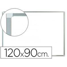 Pizarra blanca de superficie lacada magnética, con un elegante marco de aluminio en color gris. Superfice de gran calidad de chapa de acero recubierta con pintura de epoxi, ideal para uso intensivo en salas de reuniones, colegios, academias, etc.