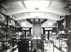 The first floor of Shiseido cosmetics store, 1938