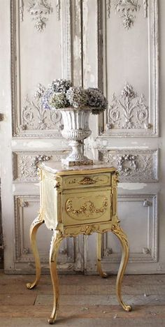 antique french rose stand