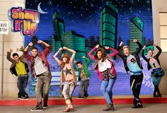 Picture: 'Shake It Up' cast. Pic is in a photo gallery for 'Shake It Up! Bella Thorne, Davis Cleveland, Caroline Sunshine, Up Cast, Shake It Up, Disney Channel Shows, Family Channel, Old Disney, Disney Pics