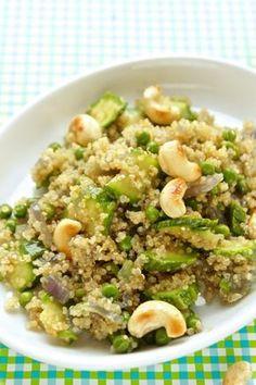 Insalata di quinoa vegana. Light Recipes, Raw Food Recipes, Salad Recipes, Vegetarian Recipes, Cooking Recipes, Healthy Cooking, Healthy Eating, Healthy Recepies, I Love Food