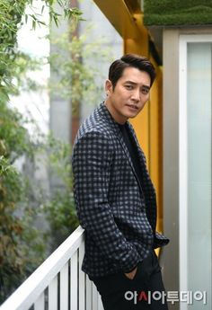 "Joo Sang-wook, ""Working with Kim Hyeon-joo was great"" Joo Sang Wook, Korean Guys, Korean Actors, Drama Korea, Korean Drama, Sexy Asian Men, K Pop Star, Kdrama Actors, Gorgeous Men"