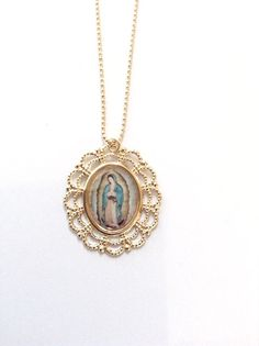 Virgen de Guadalupe Medal Our Lady of Guadalupe gold pendant Gold Virgin Mary Pendant Our Lady of Guadalupe Necklace Catholic Jewelry Mom Jewelry, Jewelry Rings, Jewlery, Unique Jewelry, Catholic Crafts, Catholic Jewelry, Love Shape, Our Lady, Ring Necklace