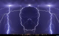 The best known pictures of Weather Phenomena. All Nature, Science And Nature, Amazing Nature, Mother Earth, Mother Nature, Pictures Of Weather, Wild Weather, Thunder And Lightning, Lightning Storms