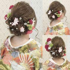 結婚式の前撮り 和装ロケーション撮影のお客様 波ウェーブなしで 下めにまとめました 小花を散らして 後ろ姿もかわいく #ヘア #ヘアメイク #ヘアアレンジ…