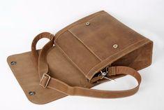 a724ac2b4c27 Handcrafted Vintage Leather Briefcase  Men Messenger Bag  Crossbody  Shoulder Bag PD01 from Unihandmade Leather Studio. Crossbody TaskeTasker Læder