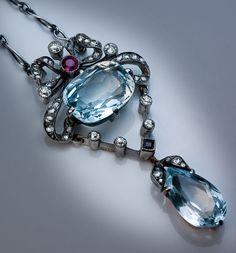 Edwardian Era Aquamarine Diamond Necklace image 2
