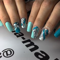 unique nails for summer Spring Nail Colors, Spring Nails, Green Nails, Blue Nails, Gel Nail Art, Nail Manicure, Nail Art Stripes, Nail Swag, Nagel Gel