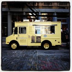 Van Leeuwen's coffee & ice cream truck. Keep an eye out for this baby on 6th Ave, Chelsea.