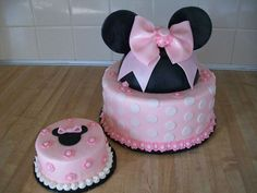 """Lott For Kam's bday party! Minnie and """"smash"""" cake for first birthday - round with ball pan for ears. Covered with buttercream and fondant decorations. Minnie ears are fondant/gumpaste. I enjoyed doing this one! Mini Mouse Cake, Minnie Mouse Birthday Cakes, Minnie Cake, 1st Birthday Cakes, Mickey Mouse Cake, Mary Birthday, Pink Minnie, 21st Birthday, Cupcakes"""