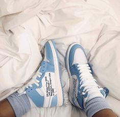 Off-white Trainers - Women's style: Patterns of sustainability Tenis Nike Air, Nike Air Shoes, Nike Custom Shoes, White Nike Shoes, Nike Socks, Jordan Shoes Girls, Girls Shoes, Sneakers Fashion, Fashion Shoes