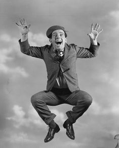 Norman Wisdom: British Comic Actor who Almost made it Big in Hollywood English Comedy, British Comedy, British Actors, Comedy Actors, Actors & Actresses, Excited Pictures, Norman Wisdom, Send In The Clowns, Old Movie Stars