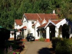 Read real reviews, guaranteed best price. Special rates on King's Cliff - A Heritage Hotel in Ooty, India.  Travel smarter with Agoda.com.