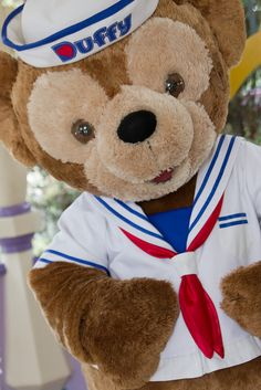 Definitely going to go see Duffy the Disney Bear when we go back to Disney world :)