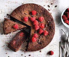 Gluten-free cacao, hazelnut and raspberry cake recipe :: Gourmet Traveller Gluten Free Cakes, Gluten Free Baking, Gluten Free Desserts, Healthy Desserts, Healthy Food, Turmeric Spice, Freeze Dried Raspberries, Light Desserts, Raspberry Cake