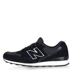 Sportliche Sneakers WR 996 EF des amerikanischen Labels New Balance.