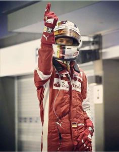 Seb Vettel Nascar, Gerhard Berger, F1 Season, Ferrari F1, F1 Drivers, World Of Sports, Rally, Race Cars, Motorcycle Jacket