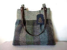 Harris Tweed Bag pleated tote bag, shoulder bag – green and brown patchwork check Harris Tweed, My Bags, Purses And Bags, Crossbody Bag, Tote Bag, Bag Patterns To Sew, Cute Purses, Leather Handle, Leather Totes
