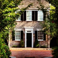 Colonial Cottage with black shutters, need this house!