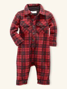 little lumberjack onesie!! someone must buy this for me...or I'll just make one