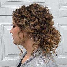 Low Curly Bun with Loose Curls hair braids 60 Styles and Cuts for Naturally Curly Hair Curly Hair Styles, Curly Hair Braids, Curly Hair Tips, Natural Hair Styles, Braid Bangs, Curly Hair Updo Tutorial, Easy Curly Updo, Loose Curly Updo, 4c Hair