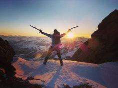 #Repost @althuber84 ・・・ Wenn ich nicht weiß, ob es geht oder nicht, dann mach ich es einfach. Ich weiß ja, was ich kann. Sonnenuntergang am Großglockner <3 <3 <3 . . . #picoftheday #amazing #bestoftheday #instacool #style #nature #sunset #cool #awesome #beautiful #twilight #mothernature #naturelovers #sun #skyporn #landscape #mountains #mountainlove #skimo #skitouring #weloveskitouring #snow #glacier #mountaineering #nofilter #instagood #instawinter #alpine