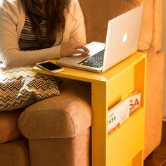 DIY - Suporte Notebook sofá Confira o tutorial completo em www.youtube.com/diycore