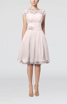 Off White Cinderella Scalloped Edge Short Sleeve Chiffon Knee Length Lace Bridesmaid Dresses - iFitDress.com