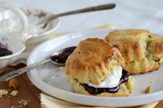 Cherry-Vanilla Sour Cream Scones with Vanilla Cream Spread