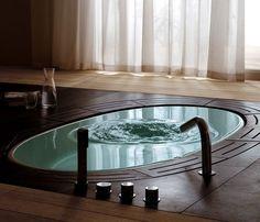 TEUCO SORGENTE BATHTUB.