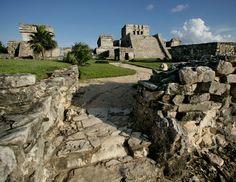 Zona arqueológica de Tulum, Riviera Maya, México.  Fotografía por Rolando White I.