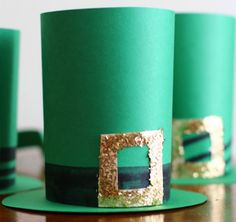 Click Pic for 24 St Patricks Day Decor Ideas | Craft Leprechaun Hats | St Patricks Day Ideas #crafts #kids